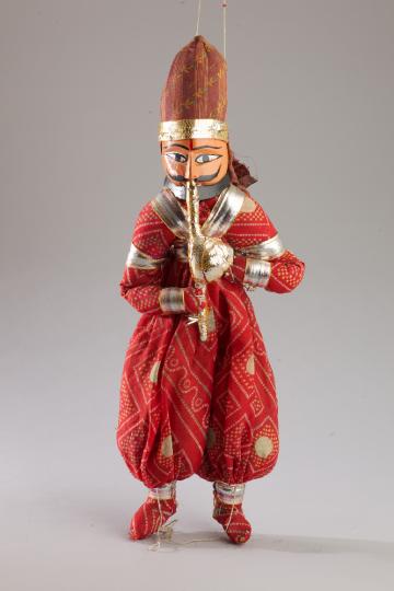 Musicien, marionnette du Rajasthan. Musée de l'Ardenne, photo : Christophe Loiseau
