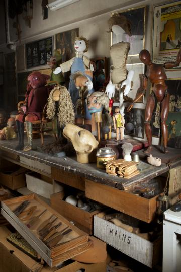 Atelier de Jacques Chesnais. Crédits : Institut International de la Marionnette, photo : Christophe Loiseau